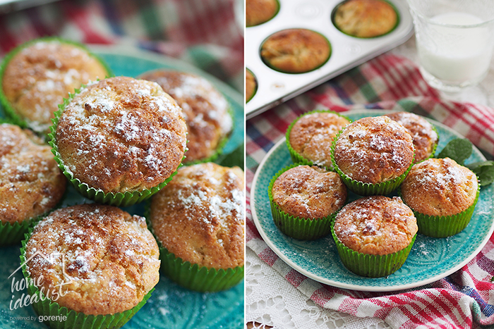 muffins_with_plums