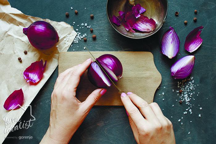 cutting_onions