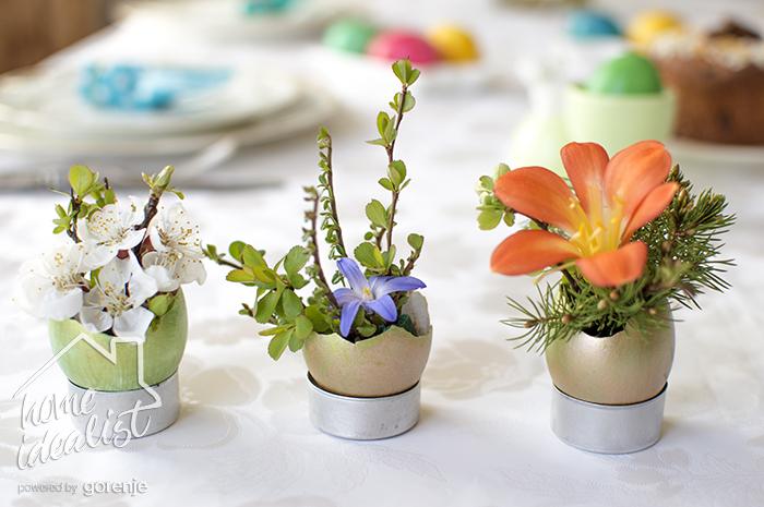 flowers_in_egg_shell