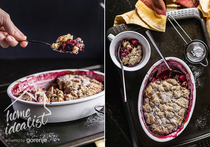 fruit_and_berry_cobbler