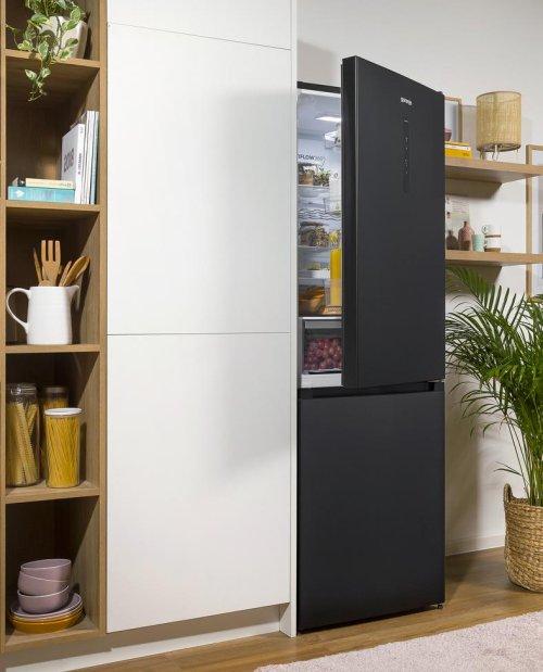 fs21_ambient_blackinoxlook_refrigerator